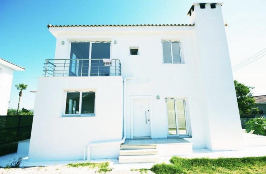 Three Bedroom Villa close to amenities Ref. NC7766