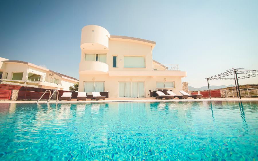 4 Bedroom Seafront Villa Ref. NC7773