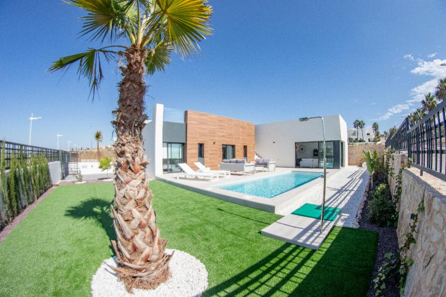 "Elegant Villas on spacious plots with fantastic views at the ""La Finca Golf"" resort Ref. SPA18"