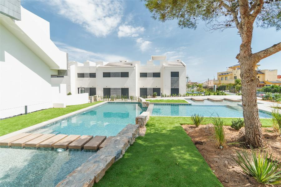 Lovely Penthouses with 3 bedrooms close to nature and all amenities of the city of Torrevieja  Ref. SPA1609