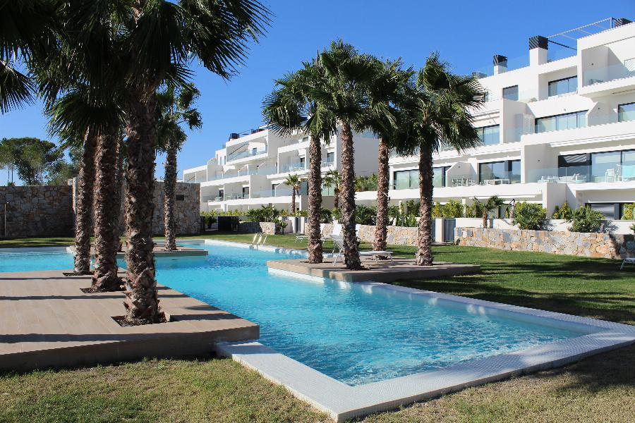 Key ready and furnished apartments on the best golf resort of Spain, Las Colinas Golf & Country Club Ref. SPA1651