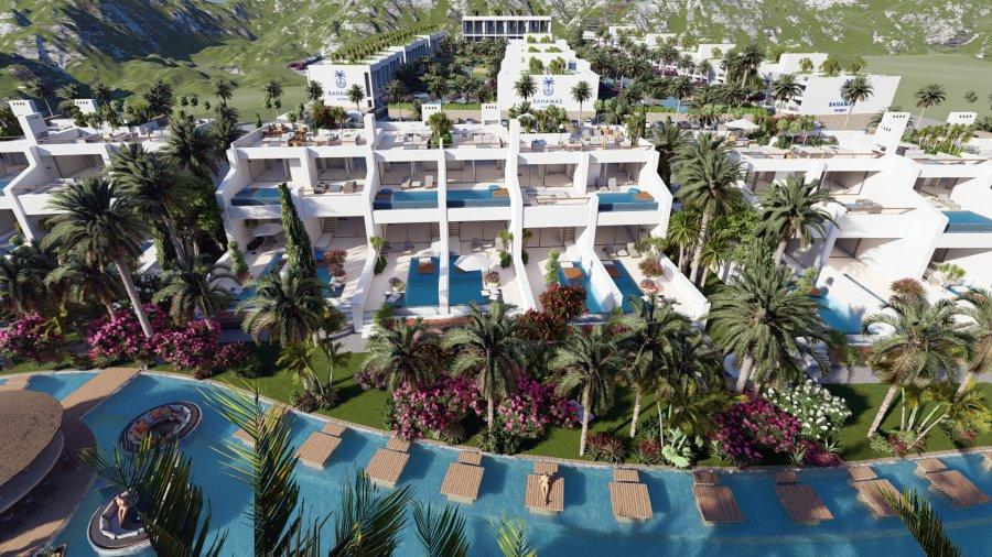 3 Bedroom Duplex Garden Apartment with Pool Ref. NC7842