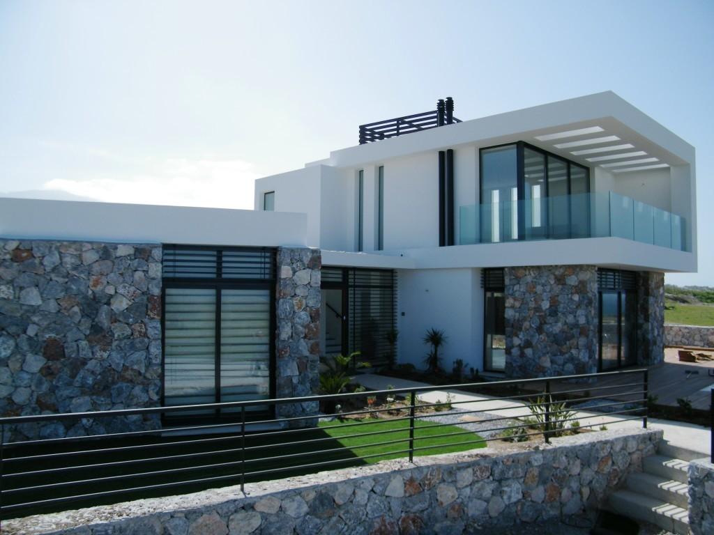 3 Bedroom Modern Villa Ref. NC1305